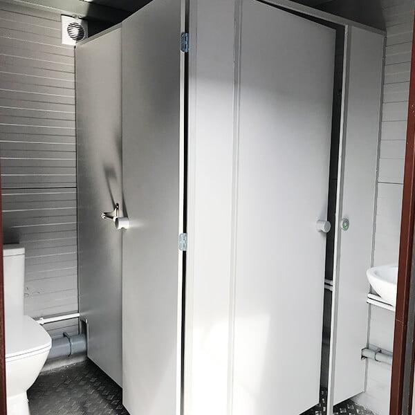 Автономный туалетный модуль 8