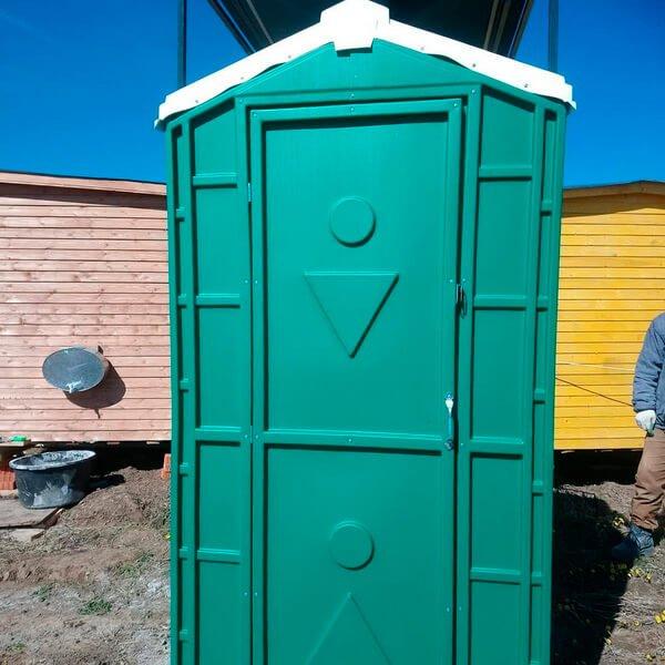 Туалет с летним душем для дачи 12
