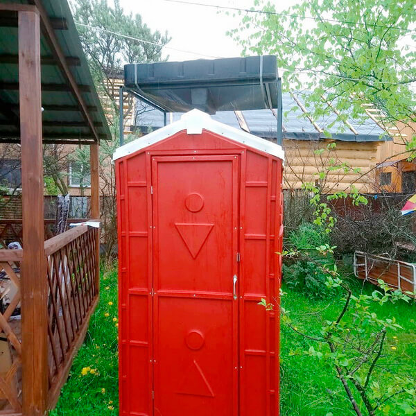 Туалет с летним душем для дачи 14
