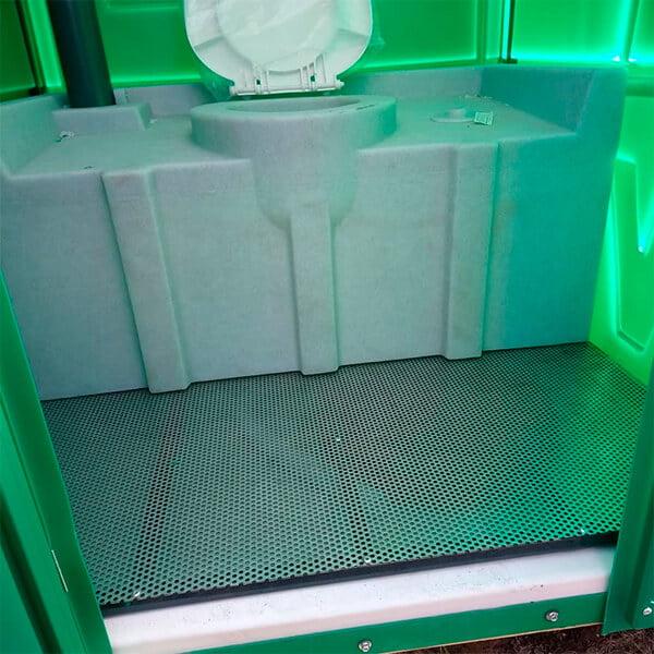 Туалет с летним душем для дачи 9