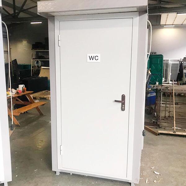 Теплый туалет зимой 9