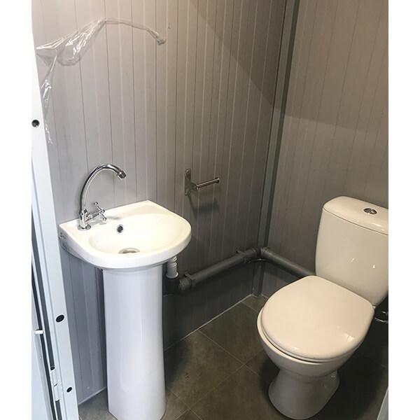 Теплый туалет зимой 5