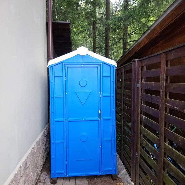 Туалетная кабина Дачник Универсал 052