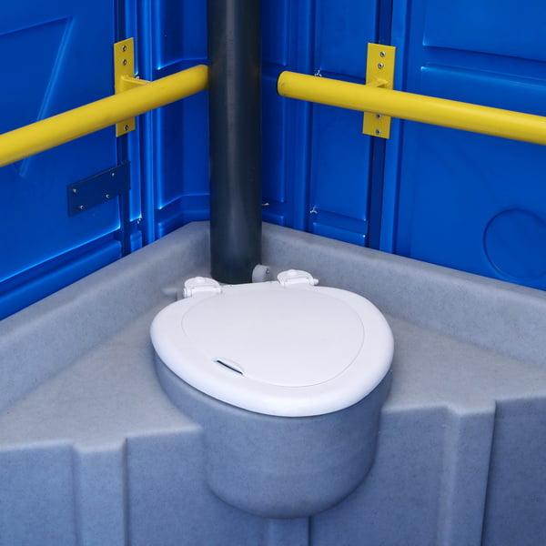 Туалетная кабина для инвалидов 026