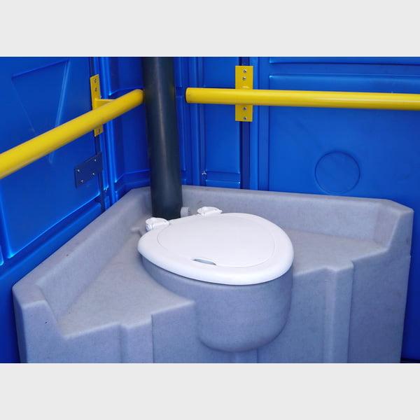 Туалетная кабина для инвалидов 031