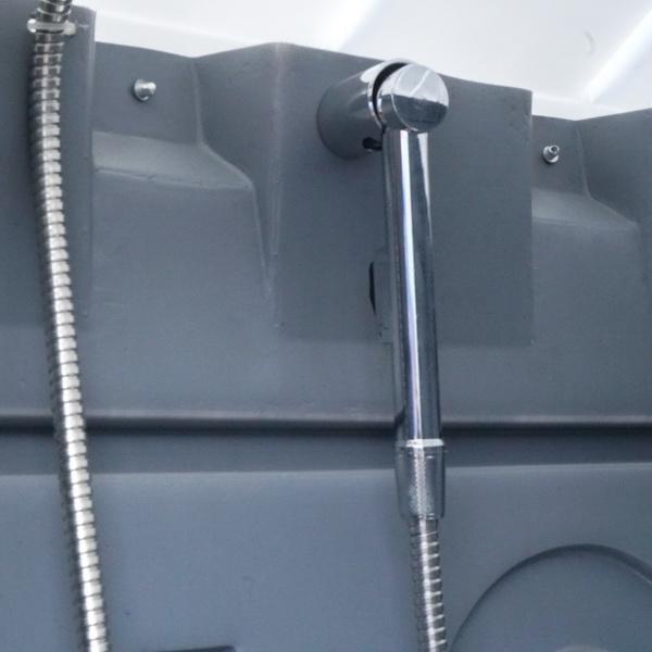 Туалетно-душевая кабина - туалет и душ 054