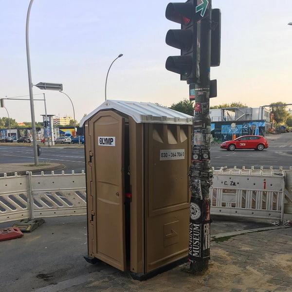 Туалетная кабина_J0282