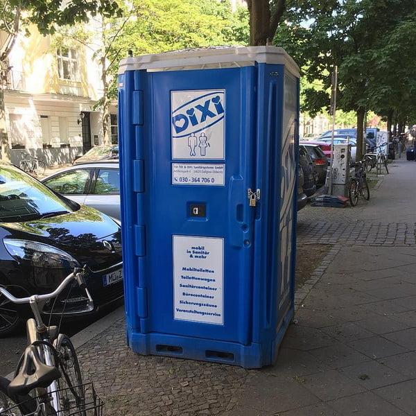 Туалетная кабина_J0065