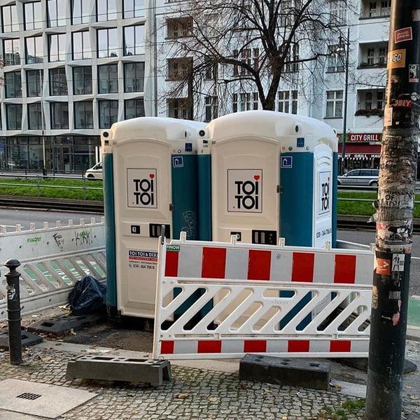 Туалетная кабина_J1126