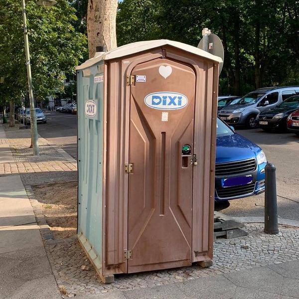 Туалетная кабина_J1357
