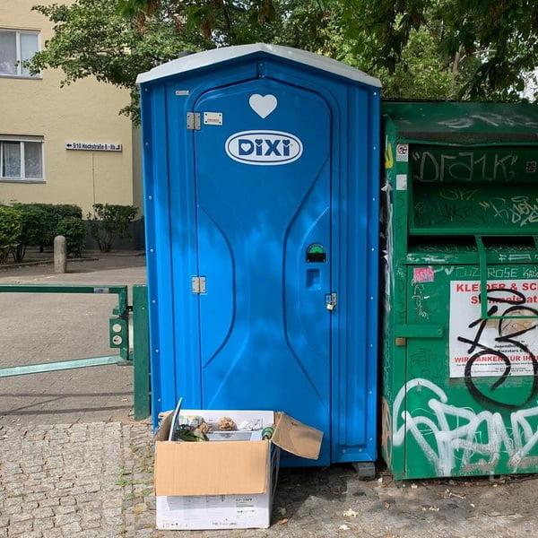 Туалетная кабина_J1619