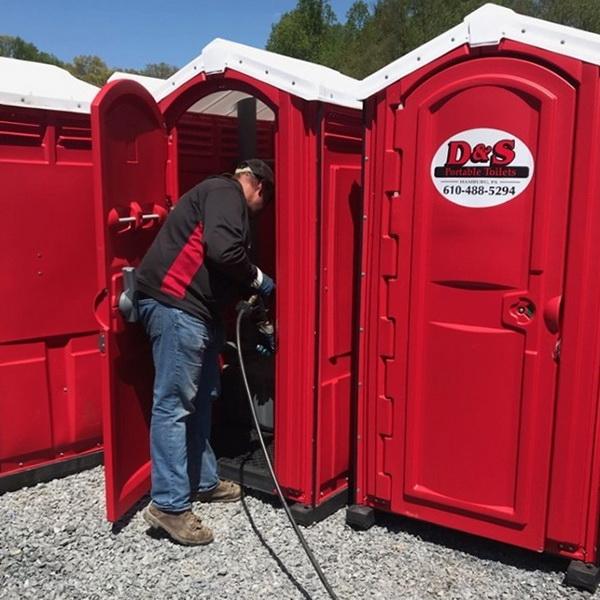 Туалетная кабина - биотуалет 0196