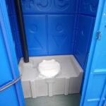 Туалетная кабина с баком 0007