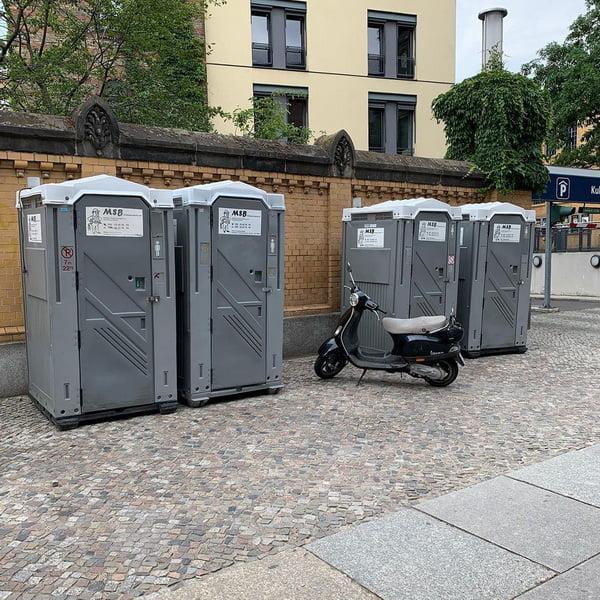 Туалетная кабина_J1518