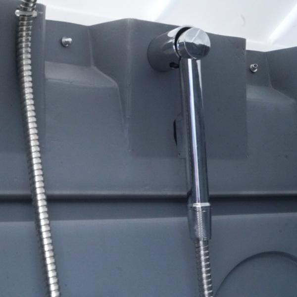 Туалетно-душевая кабина - туалет и душ 069