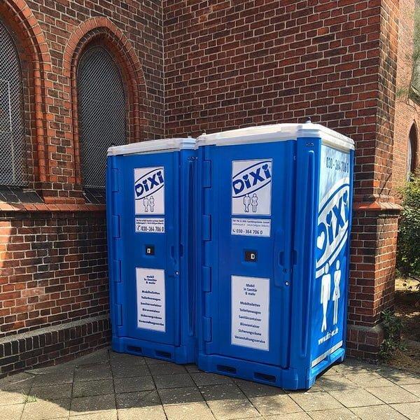 Туалетная кабина_J0343