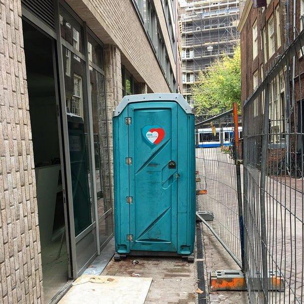 Туалетная кабина_J0351