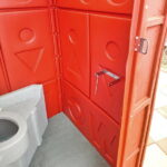 Туалетная кабина Комфорт на дачу 019