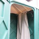 Теплый летний душ для дачи зеленый 009